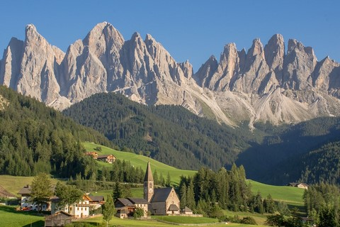 village dolomites centre based walking alps italy